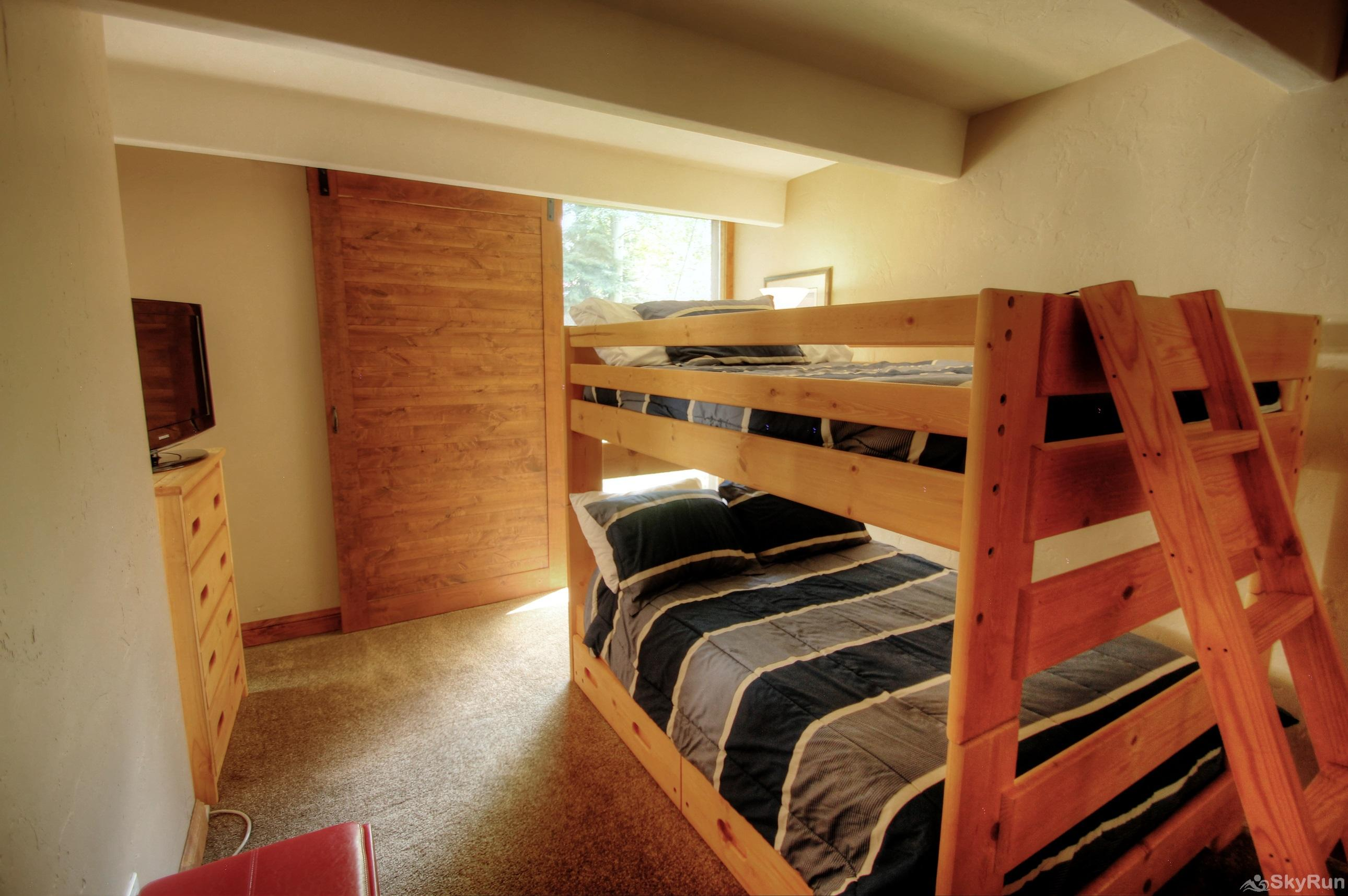 111 Vail International Bunk Room