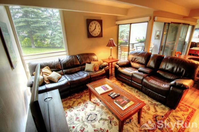 111 Vail International Living Room View 2